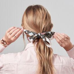 Scarf Tie Gift Set