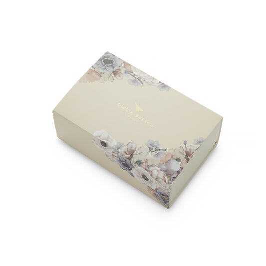 Bejewelled Floral and Pearl Bee Gift Set