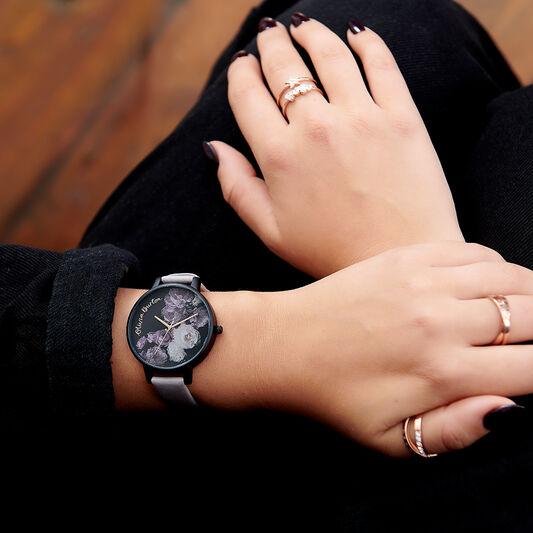 Fine Art Grey Lilac & Matte Black